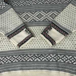 Dale Of Norway Mens Pewter Clasp sweater large